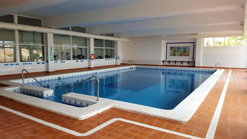 indoor swimming pool, free to use