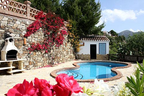 Finca Almencino con piscina privada, holiday rental in Archez