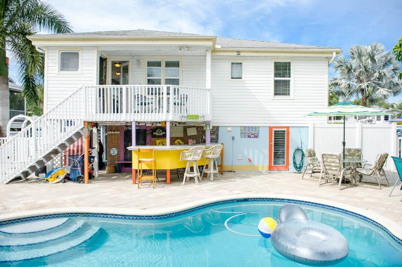 THE PARADISE COTTAGE-  Exclusive location!, location de vacances à Fort Myers Beach