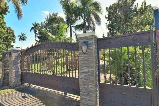 Only two Villas in a beautiful gated property