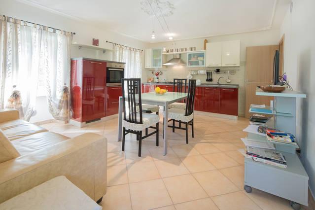 Casa nel cuore delle Langhe, alquiler vacacional en Serravalle Langhe