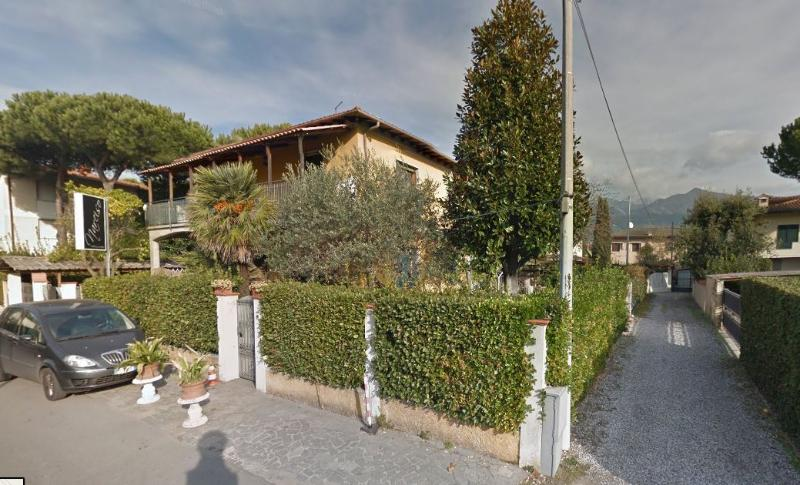 Casa Sonia, apartment for families with garden and barbecue, holiday rental in Poveromo