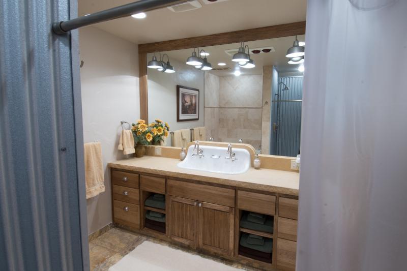 Bathroom vanity with double sink - plenty of room to get ready!