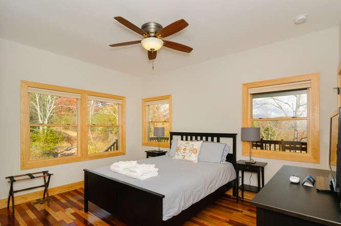 Master bedroom--queen bed with high end mattress.
