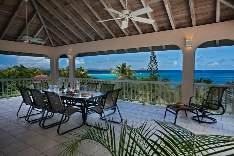 Adagio Villa at Mahoe Bay - Private villa with incomparable views and comfort, holiday rental in Little Trunk Bay