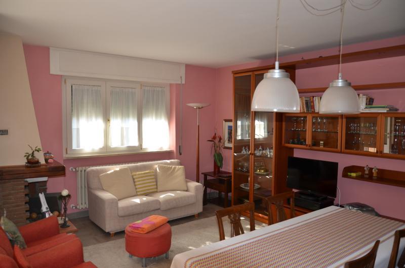 Valentina House, holiday rental in Pozzuolo