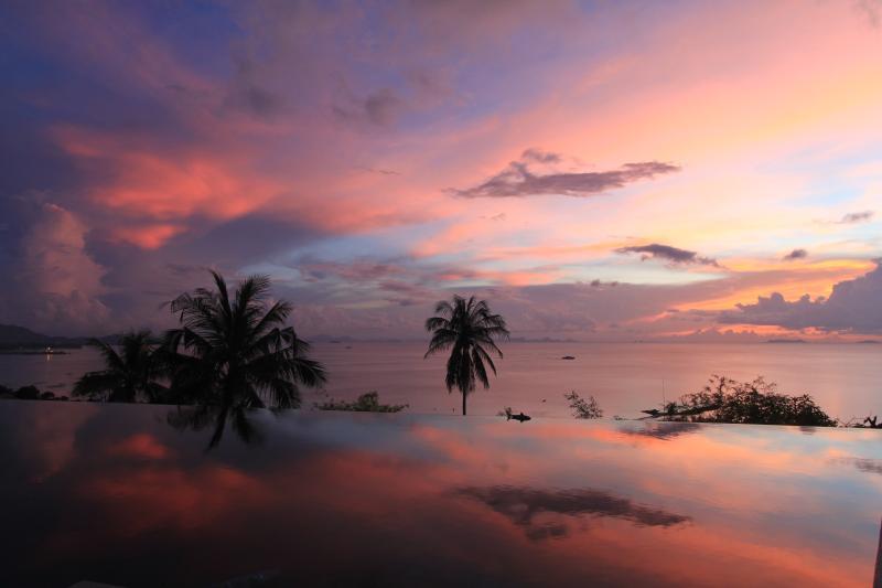 Villa Nava - Luxury Family Friendly Villa, vakantiewoning in Ang Thong