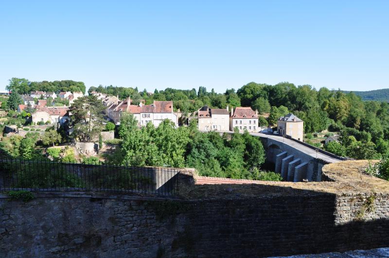 Semur-en-Auxois (le Pont Joly)