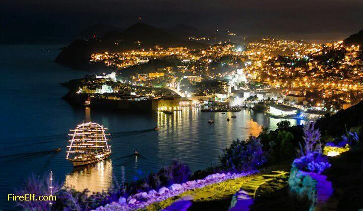 Dubrovnik in the night