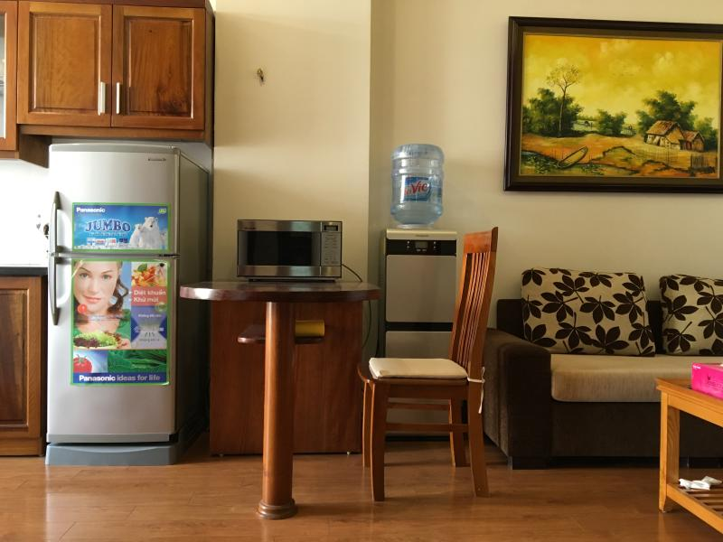 L801 Palmo Serviced Apartment - 1BR, Private balcony, Free laundry, vacation rental in Hanoi