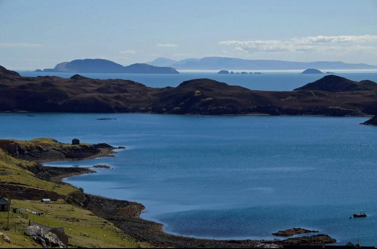 Isle of Lewis Holiday Home Sea View and Wildlife, vacation rental in Maraig