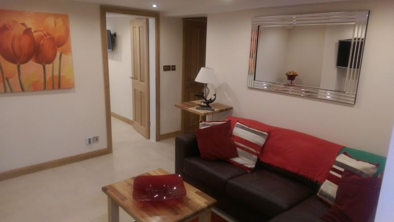 Station Street Town Apartment, holiday rental in Darley Moor