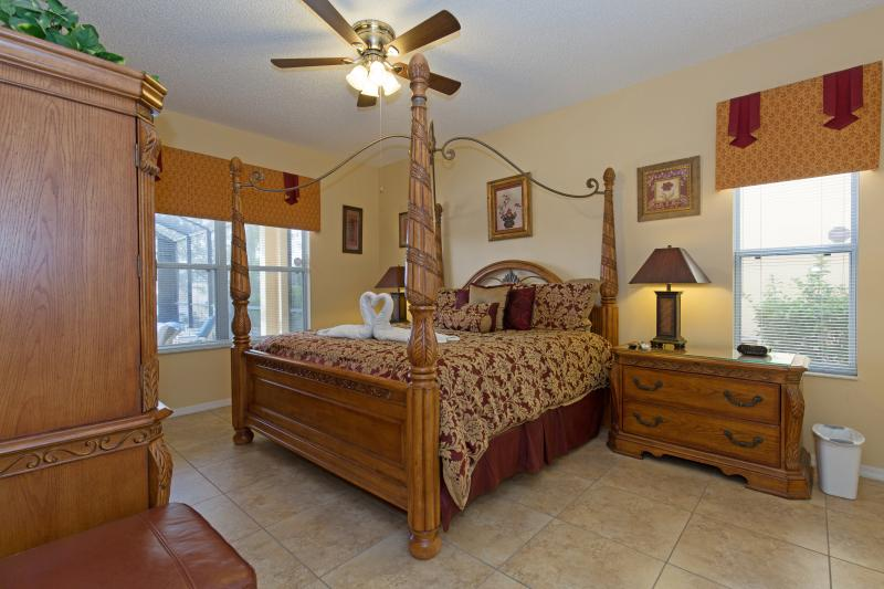 First-floor king master suite #1