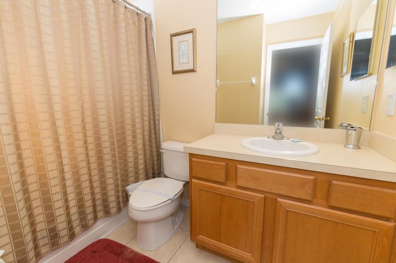 En-suite to master bedroom #3