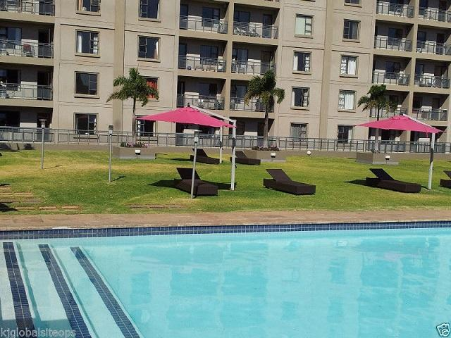 WestPoint Serviced 2 Bedroom 2 Bathroom Apartments In Sandton With Wifi/Security, holiday rental in Sandton