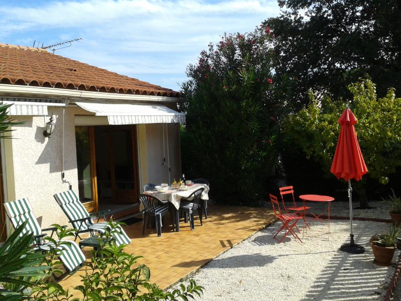 Quiet villa with garden, near to Cote Vermeille, holiday rental in Pyrenees-Orientales