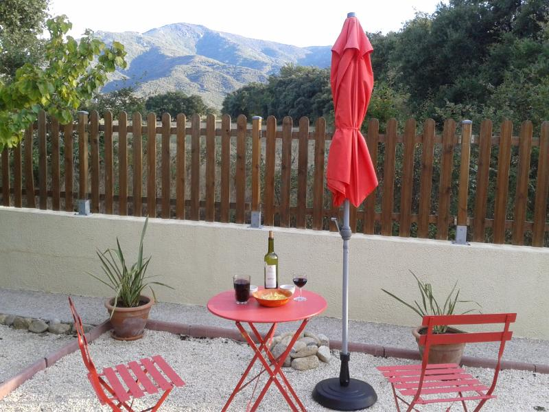 Relax in the quiet garden with mountain views
