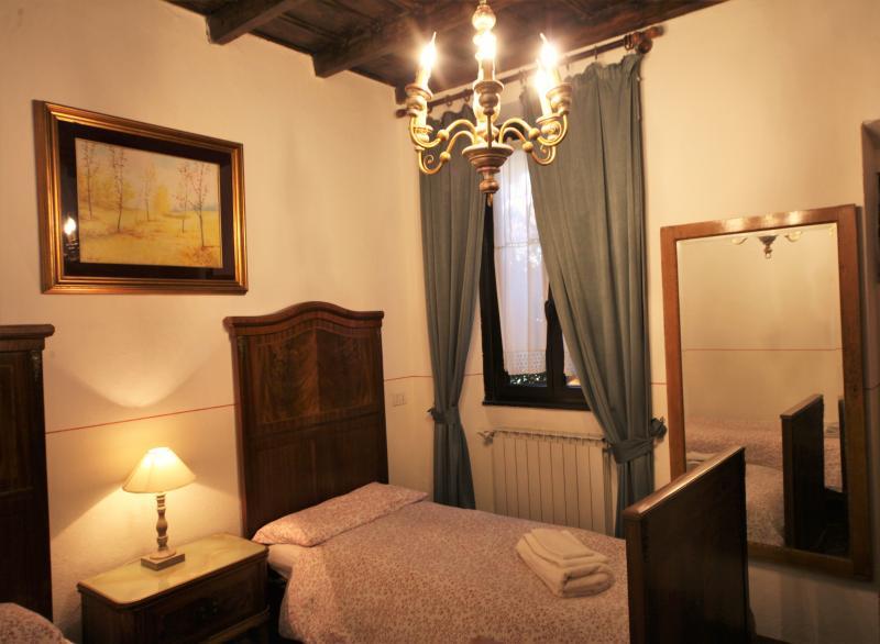 Appartamento da 6/8 posti tra il centro e la Fiera, vakantiewoning in Paderno Dugnano