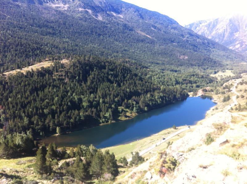 Pêche au Lac du Passet accessible en voiture