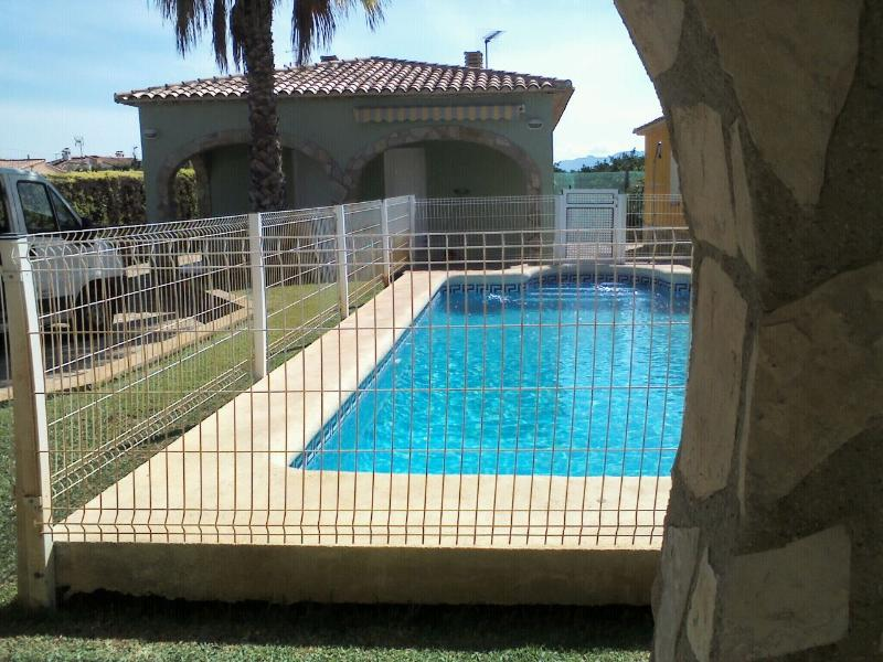 Lovely Houses, vacation rental in Oliva