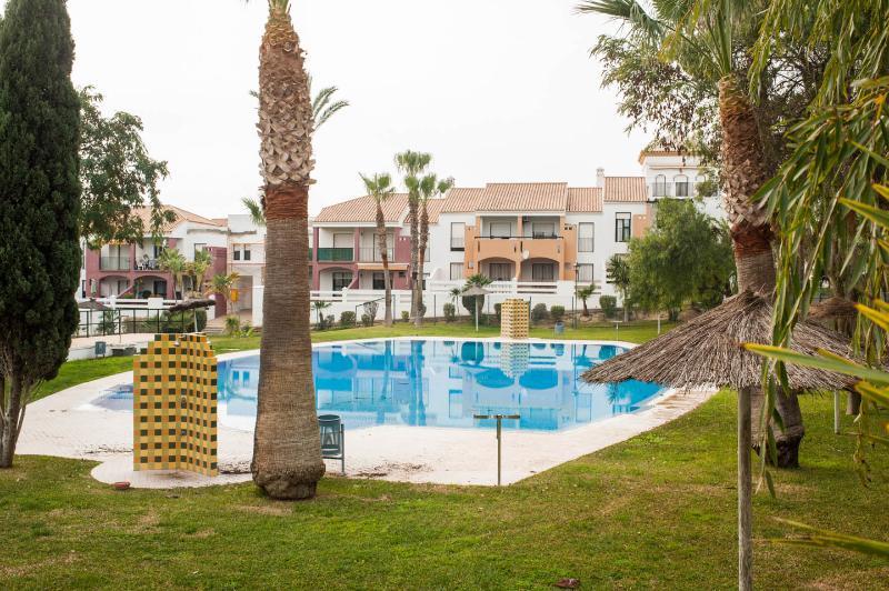 Apartamento Aldea del Coto La Barrosa, holiday rental in Chiclana de la Frontera