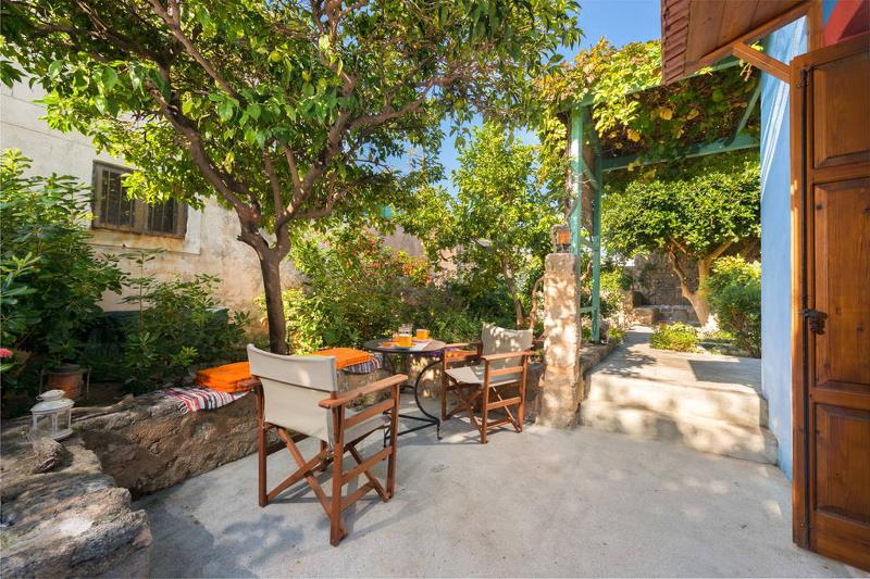 Welcoming House in Rhodes Medieval Town – semesterbostad i Rhodos