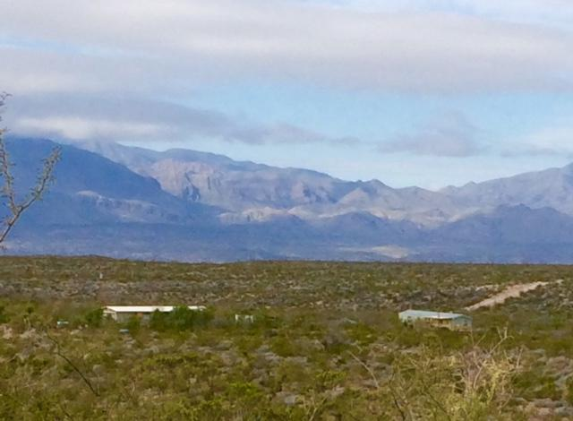 Chinati Mountain Retreat-2 hrs SW of Marfa, vacation rental in Marfa