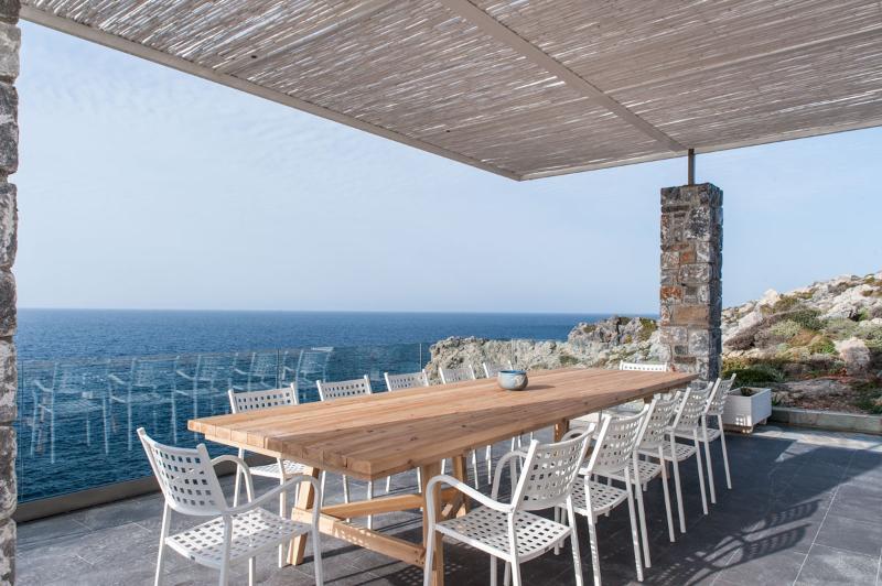 Seafront villa Penelope in Stavros Crete