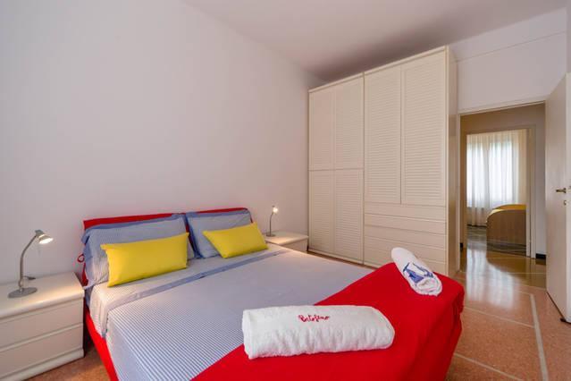 Central, bright and large flat in Portofino, holiday rental in Portofino