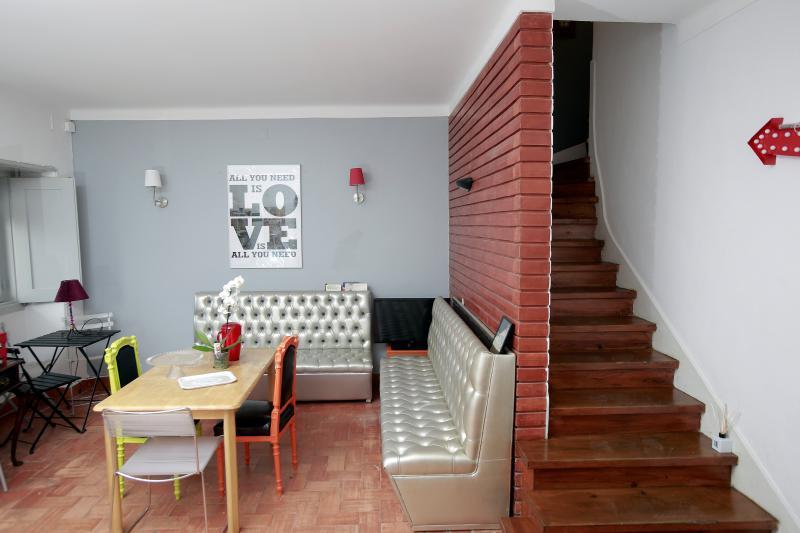 Ericeira In Love Hostel, vacation rental in Ericeira