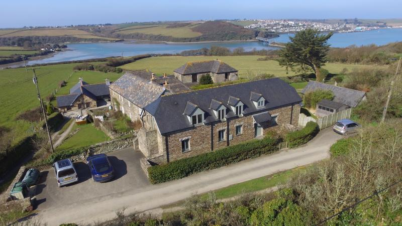 Detached Barn with views over Padstow, the Camel Estaury and the sea