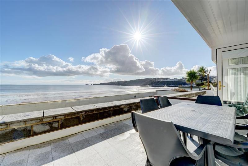 2 Strandways (PW230), holiday rental in Saundersfoot