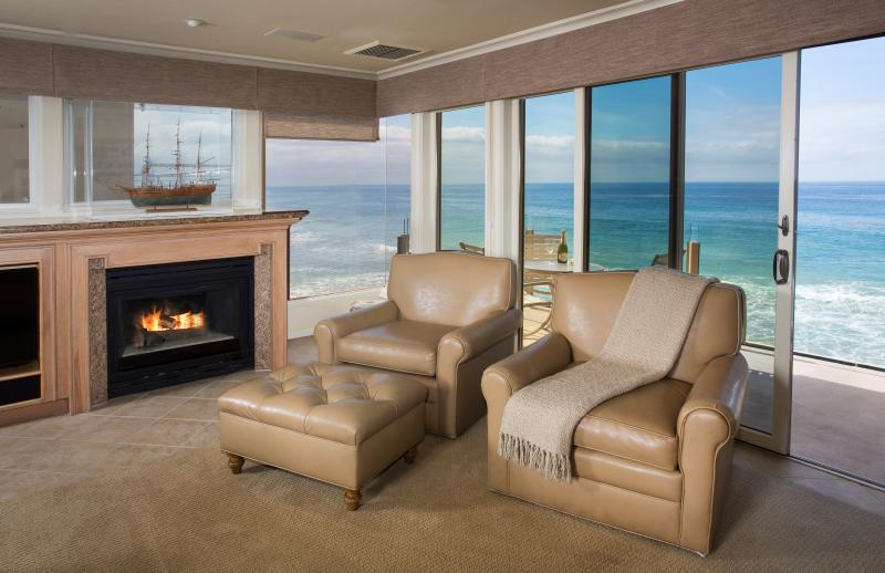 Villa Martinique Living Room with a Fabulous Oceanfront View
