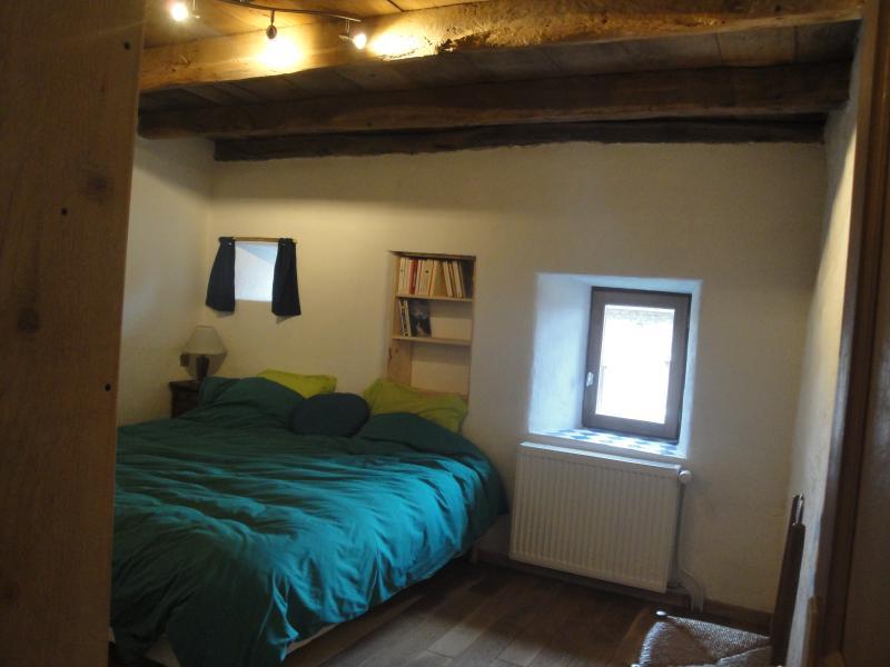 Chambre parentale, 14m2, 2 lits simples 90*200cm pouvant être réunis.