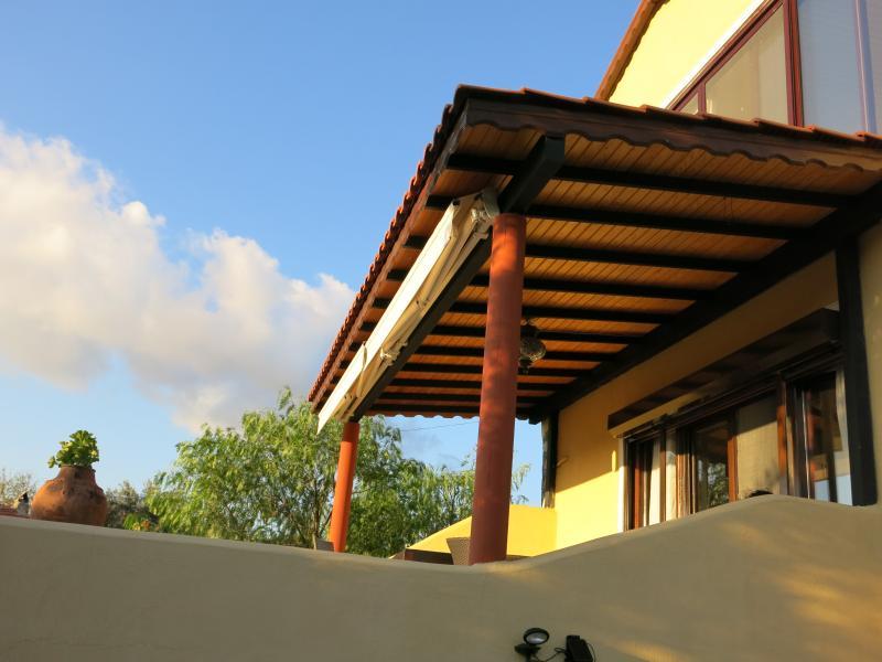 Landhaus mit Meerblick, holiday rental in Bayindir