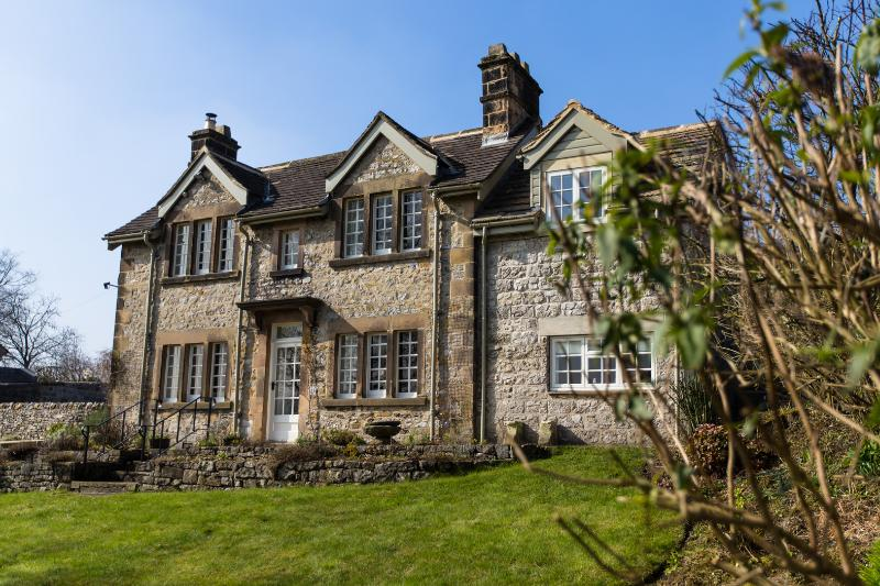 Lambton Cottage - Fabulous 5 bed family house in Bakewell ...