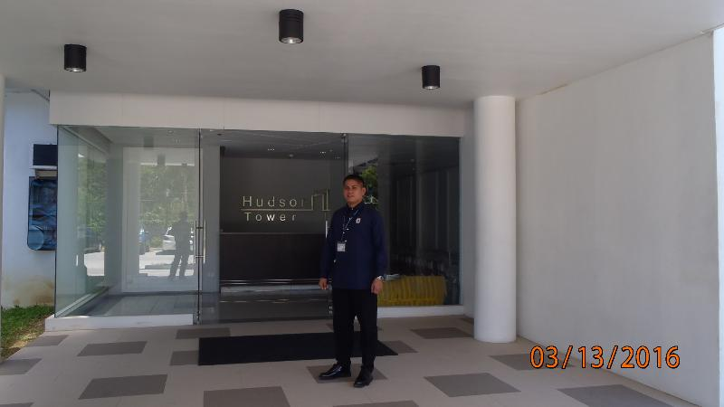 Entrance to Hudson Tower 1 with concierge to help you move in and relax, enjoy.
