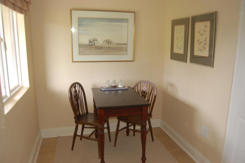 Dining area - Feathers cottage