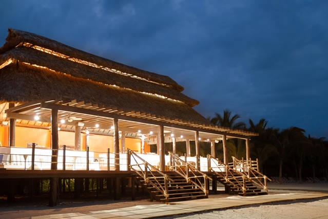 Restaurant at beach