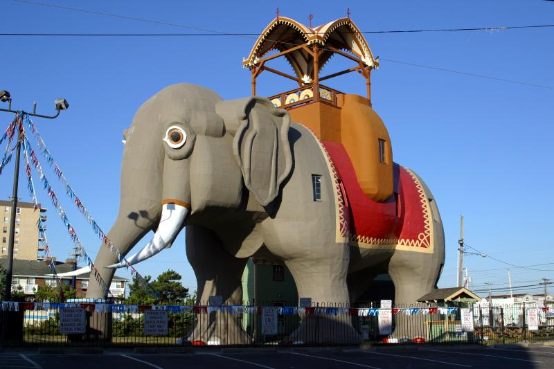 The Fun and Historic Lucy, The World's Largest Elephant, just minutes away!