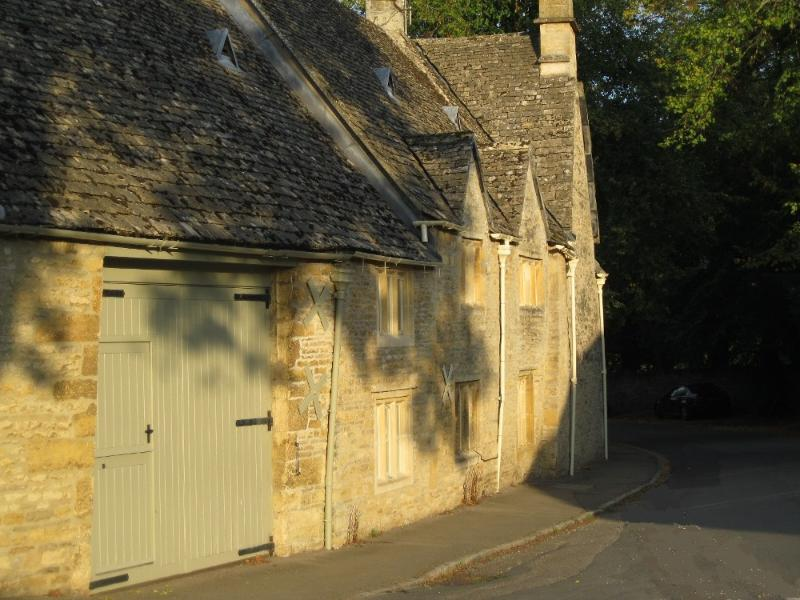 Buckle Barn is a listed Cotswold stone holiday cottage.