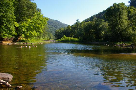 Trail S End River Retreat Has Air Conditioning And Wi Fi