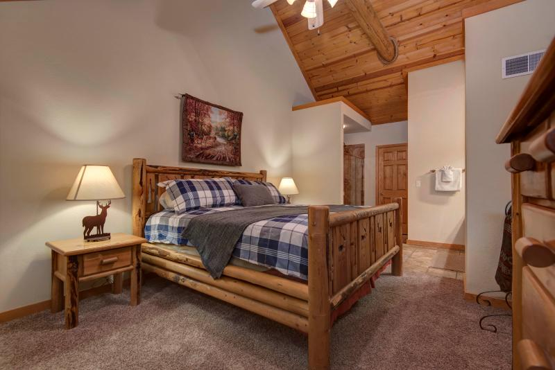 2nd floor suite with King Size bed and down comforter