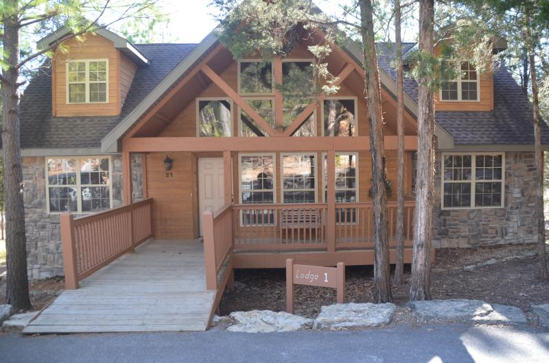 Lodge #1 in Stonebridge is the perfect place to enjoy Branson!