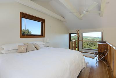 Sanctuary Villa loft bedroom