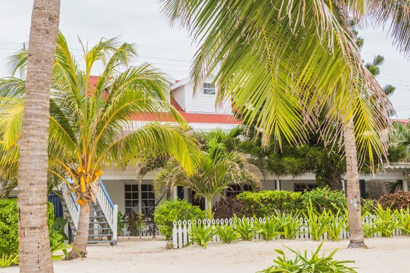 Casa Brisa Town House