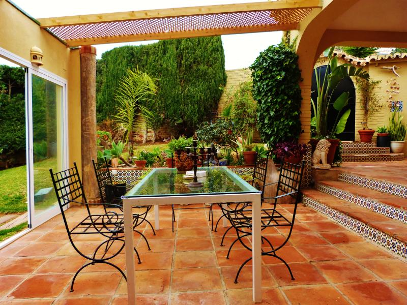 semi-cover terrace