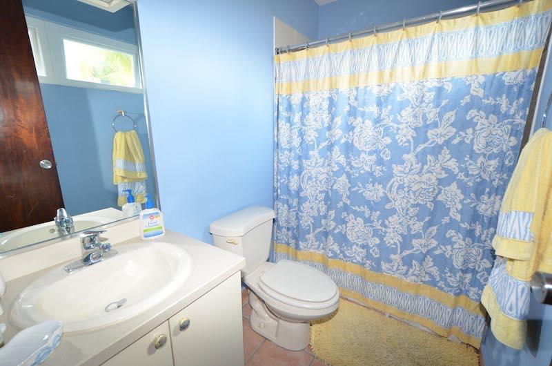 Room 2 shower bath - second floor