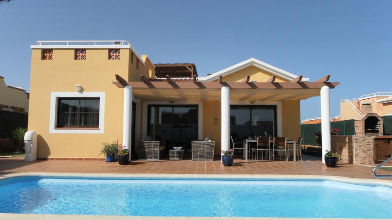 Villa ELL, holiday rental in Caleta de Fuste