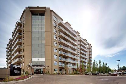 Furnished Updated Suites!!, holiday rental in Spruce Grove